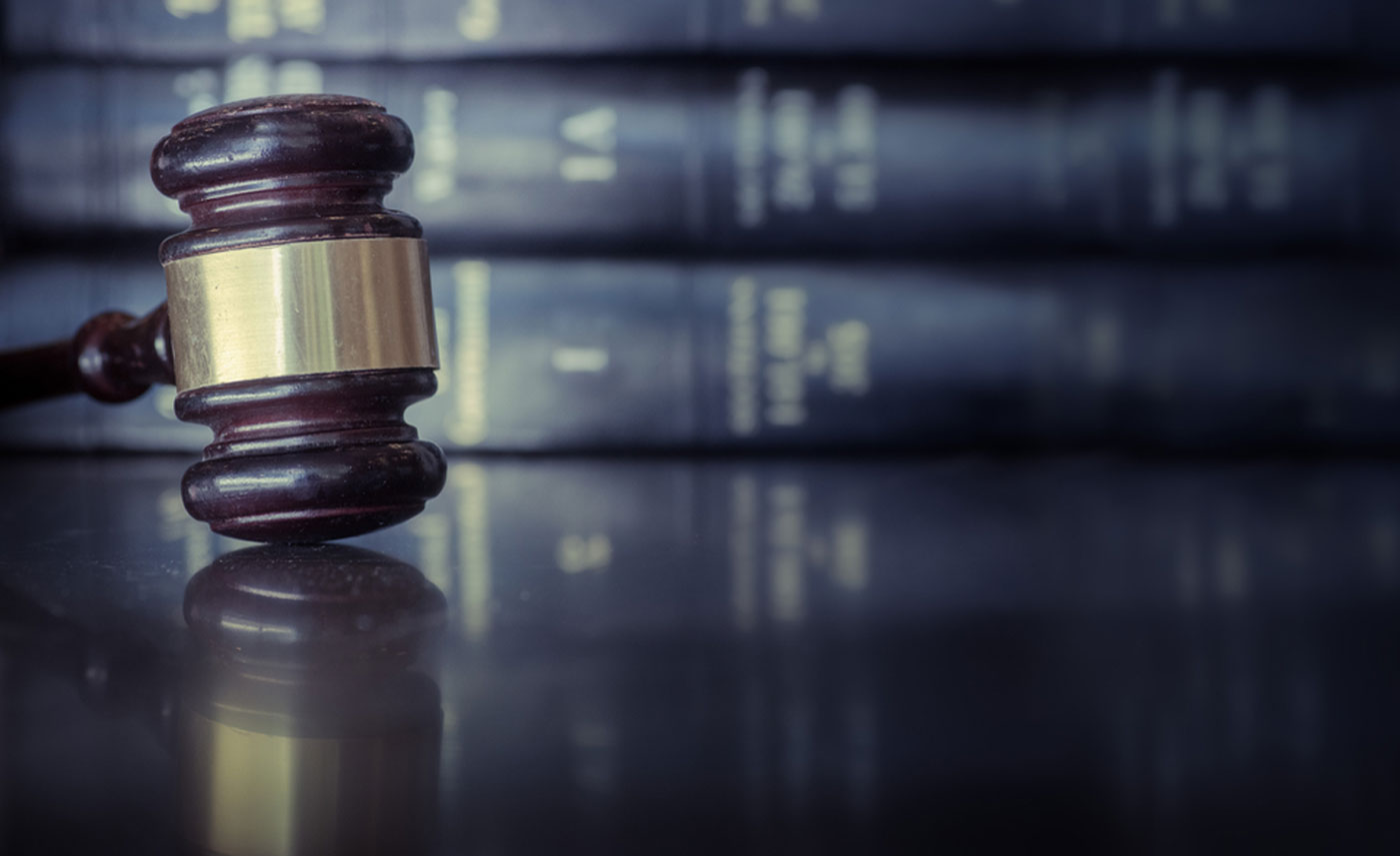 Read more about the article Question: What Does a Litigation Attorney Do?